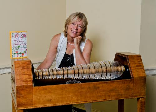 Dorothee Kocks with a reproduction of a glass harmonica. Instrument courtesy of Alisa Nakashian-Holsberg. Photo by Andrew Edgar Photography
